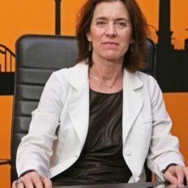 Dra. Montserrat Sabán, dermatólogos y Clínica de estética en Barcelona